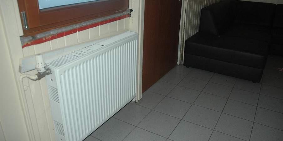 hennstedt bei der h tte biegen sich die balken. Black Bedroom Furniture Sets. Home Design Ideas