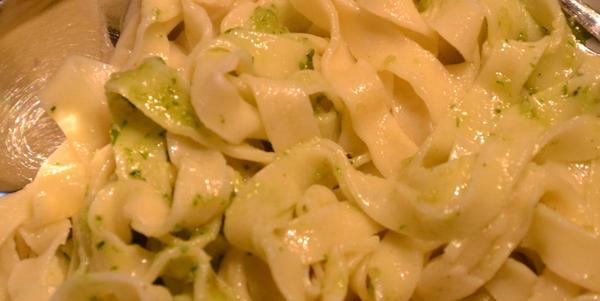 Selbst gemacht: Pasta al Pesto