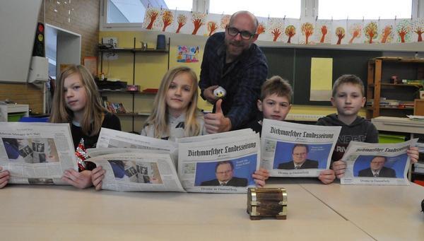 Grundschüler lernen das Reporterleben
