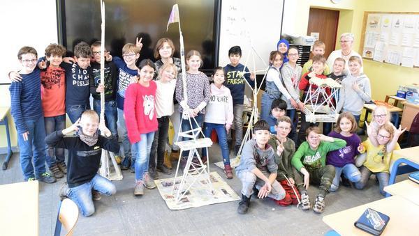 Turmbau im Klassenzimmer