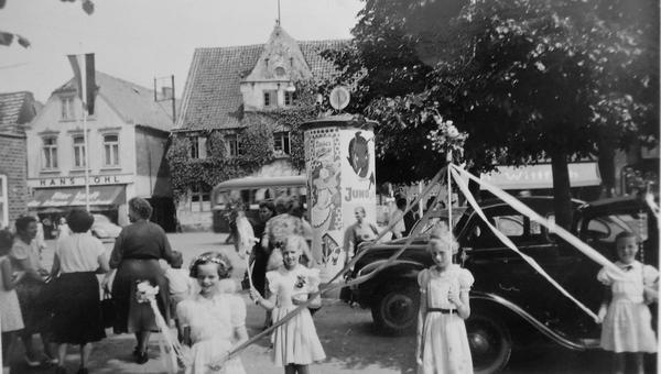 Schätze aus dem Fotoalbum: Kindheit in Heide