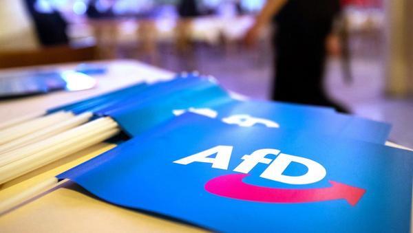 AfD-Kreistagsmitglied soll zurücktreten