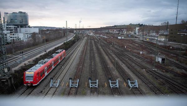 Mehr Geld für das Schienennetz: Verspätete Abfahrt