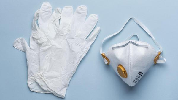 Verzweifeltes Warten auf Nachschub von Hygieneartikeln