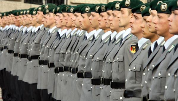 Wiedereinführung der Wehrpflicht: Gemeinsame Werte