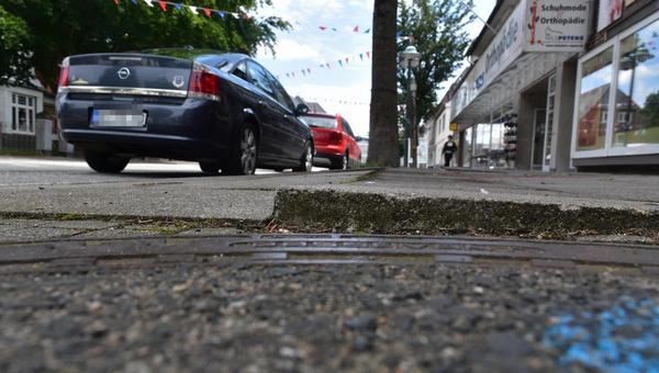Brunsbütteler kritisieren Zustand der Gehwege