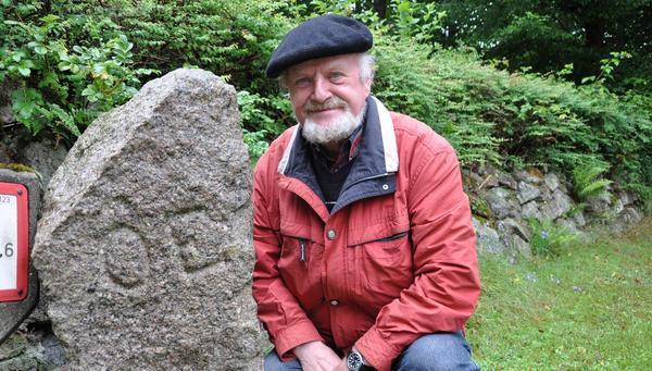 Heimatforscher entdeckt uralten Grenzstein der Österegge