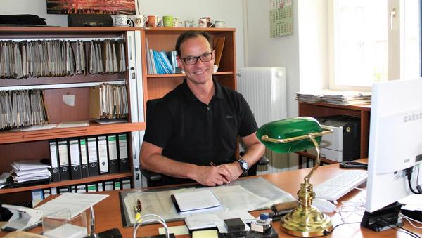 Helmut Misdorf arbeitet seit mehr als 20 Jahren als Bewährungshelfer