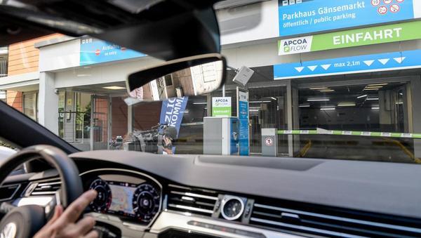 Apcoa will Parkhäuser in ihrer Funktion erweitern: Abstellplatz und Mobilitätsstützpunkt