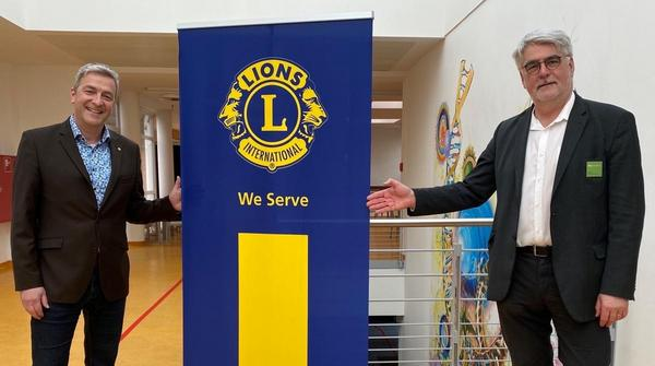 Lions Club unterstützt Stipendium