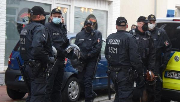 Querdenker-Demo: Polizei rechnet mit längerem Einsatz