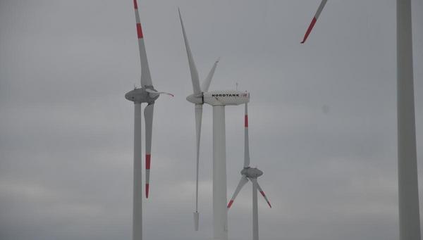 Noch eine Windkraftanlage