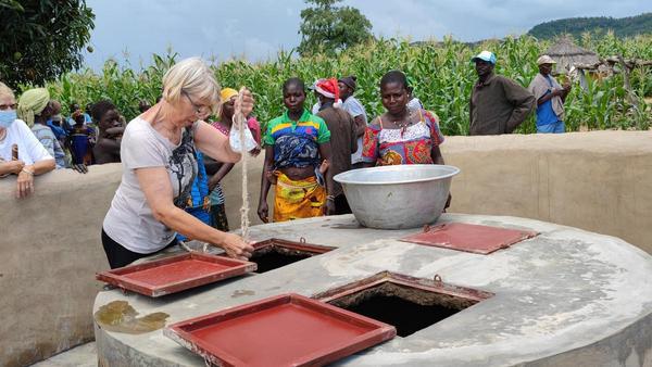 Mit Spenden zum neuen Brunnen