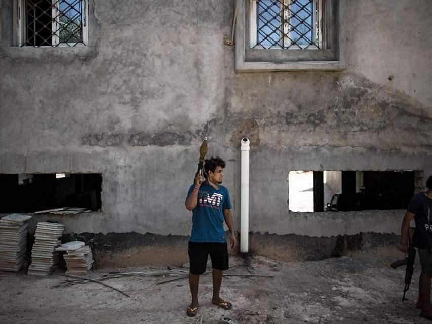 Immer noch - acht Jahre nach dem Sturz von al-Gaddafi - wird in Libyen um die politische Nachfolge gekämpft. Eine Lösung des Konflikts ist nicht in Aussicht. Foto: Amru Salahuddien/XinHua