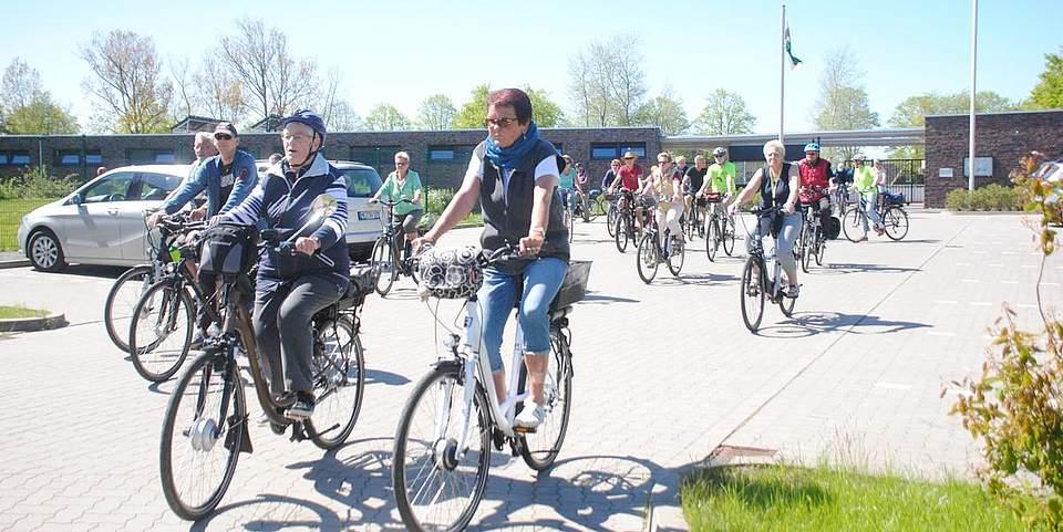 Premiere für die Fahrradtour von Tura: Rund 30 Teilnehmer machten sich mit auf den 30 beziehungsweise 40 Kilometer langen Weg.