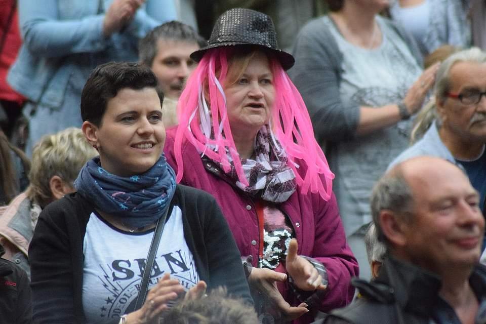 Albersdorfer Pfingstvolksfest 2018 mit Beatrice Egli. Foto: Büsing