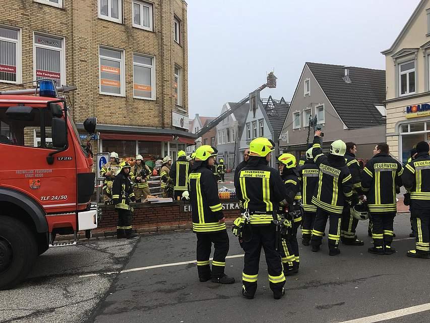 Heide: Feuer in der Süderstraße.Foto: Tiessen