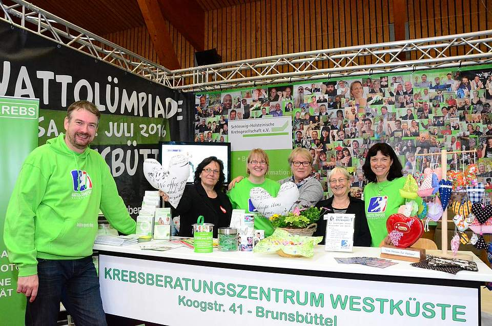 Schmutziger Sport für eine gute Sache: der Verein Wattolümpiade und die Krebsgesellschaft.