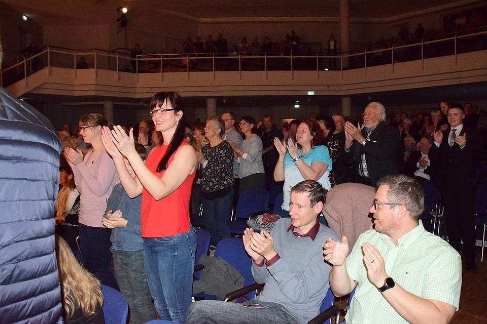 Begeisterte Zuschauer.