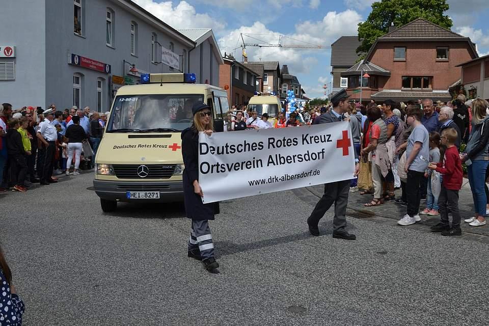 Zur Sicherheit dabei: Der DRK-Ortsverein Albersdorf.