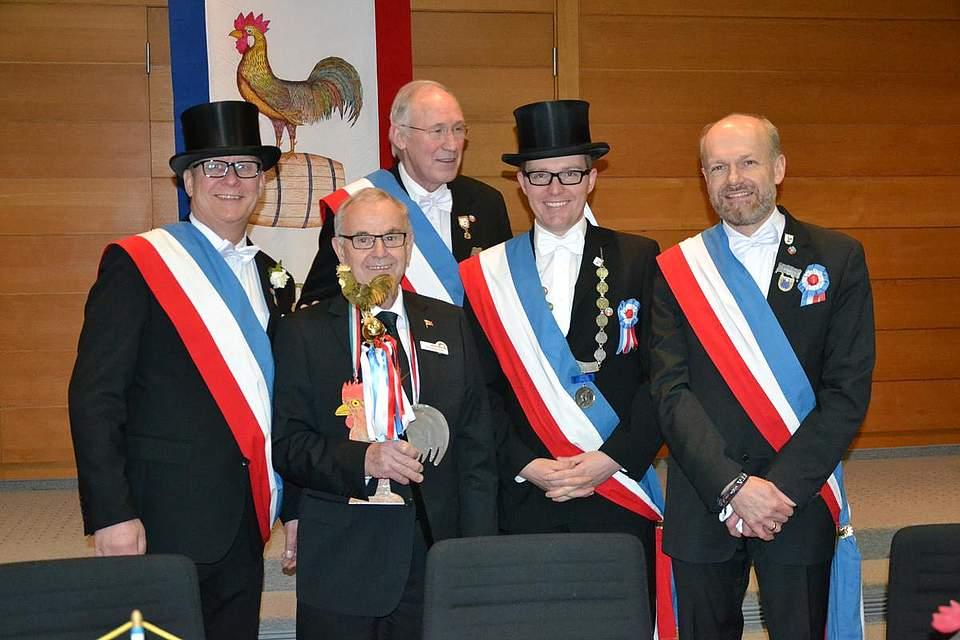 Einkehr im Kreishaus: Von links Mirko Schütt, Kreispräsident Hans-Harald Böttger, Joachim Kosin, Torsten Claussen und Sönke Boyens.