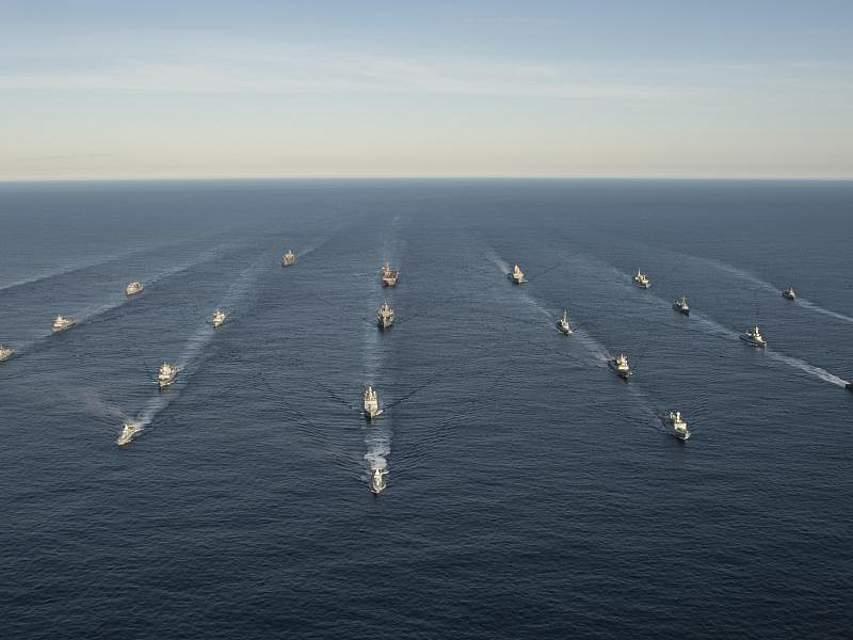 Formation der Kriegsschiffe: An der größten NATO-Übung seit 2015 nehmen rund 50.000 Militärangehörige aus 31 Ländern teil. Foto: Daniel C. Coxwest/Planet Pix via ZUMA Wire