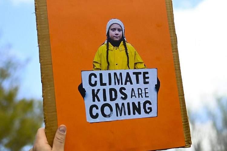 In 160 Ländern gibt es heute einen globalen Klimastreik. Die Demonstranten folgen dem Aufruf der Bewegung Fridays for Future, initiiert von der schwedischen Klimaaktivistin Greta Thunberg. Foto: Lukas Coch/AAP