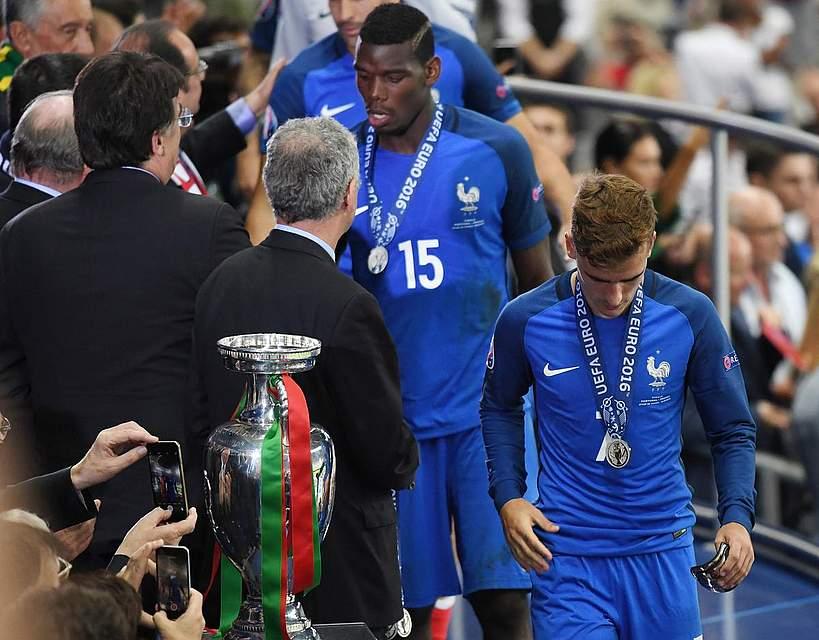 Die Franzosen gehen den harten Weg zur Silbermedaille im eigenen Land. Foto: Kneffel