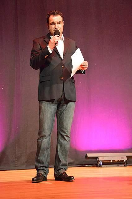 Moderator Stefan Schmid.