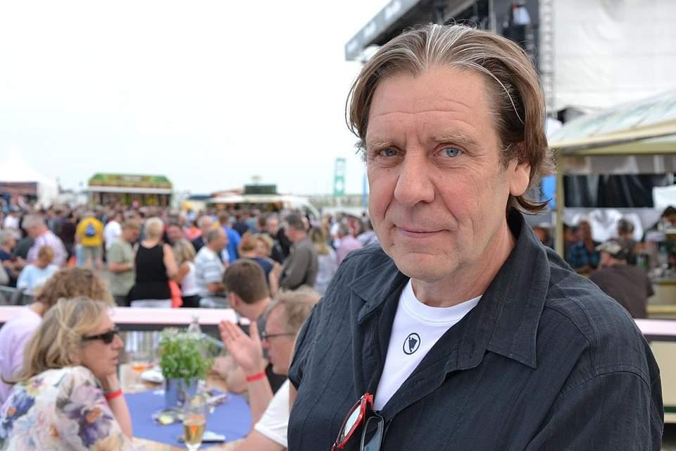 Der Schauspieler und Sänger Uwe Rohde ließ sich den Legends-at-the-sea-Abend nicht entgehen. Foto: Voß