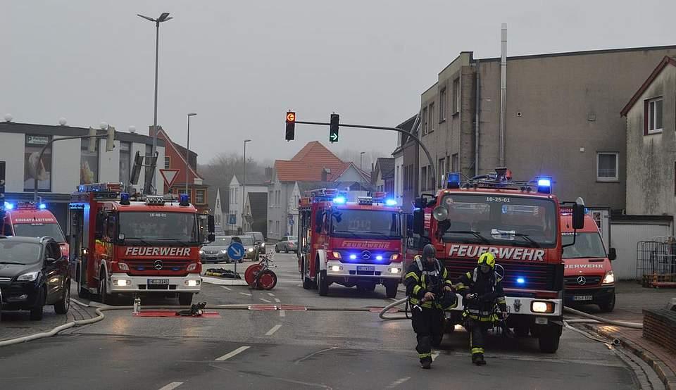 Heide: Feuer in der Süderstraße. Foto: Seehausen