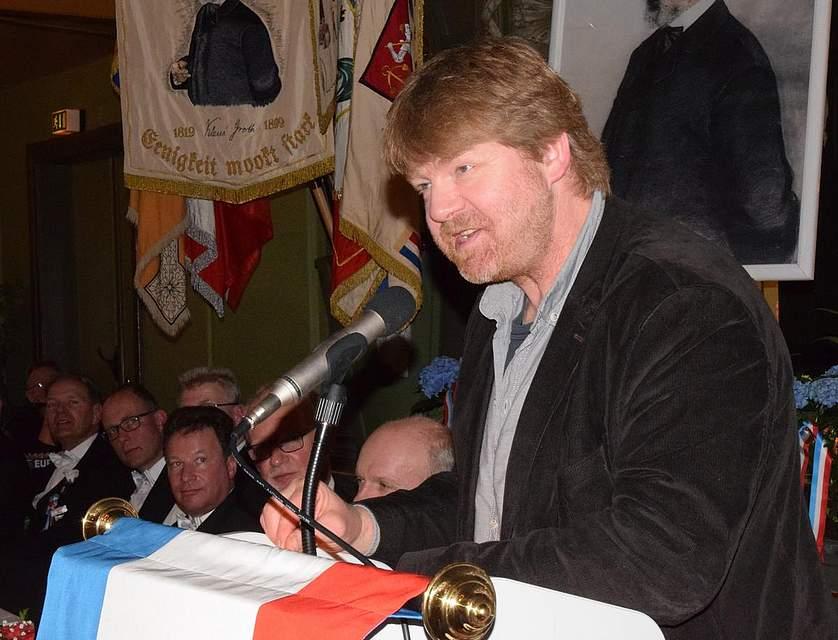 Matthias Stührwoldt sorgt für plattdeutsche Unterhaltung. Foto: Seehausen