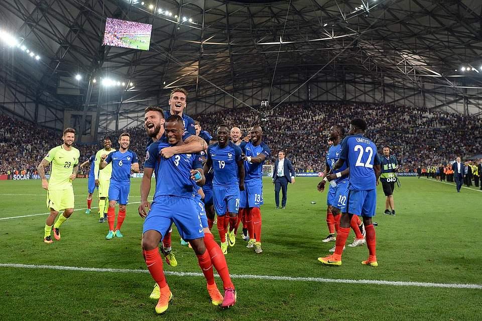 Die Franzosen freuen sich über den Einzug ins Finale. Foto: Gambarini