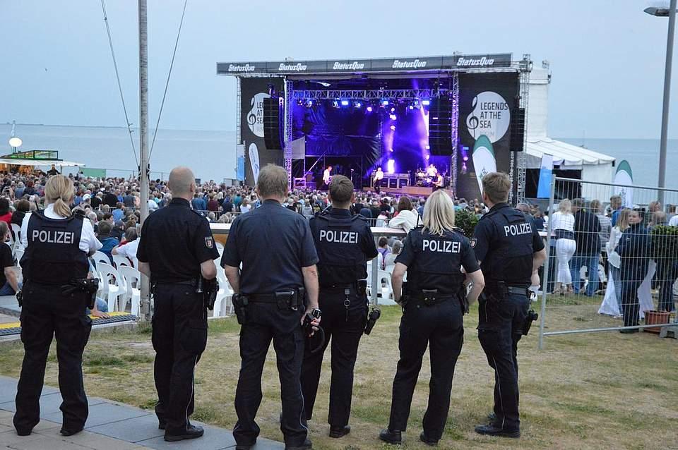 Die Polizei vermeldete einen ruhigen Abend. Foto: Müller