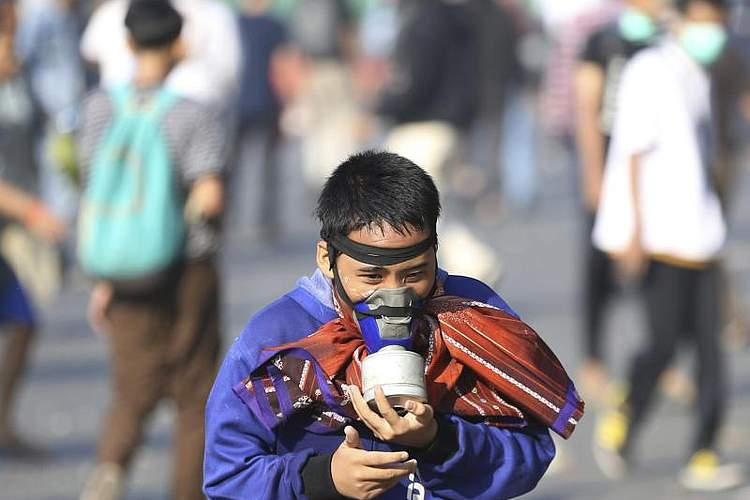 bei Straßenkämpfen nach der Wiederwahl von Indonesiens Präsident Joko Widodo hat es Tote und viele Verletzte gegeben. Foto: Achmad Ibrahim/AP