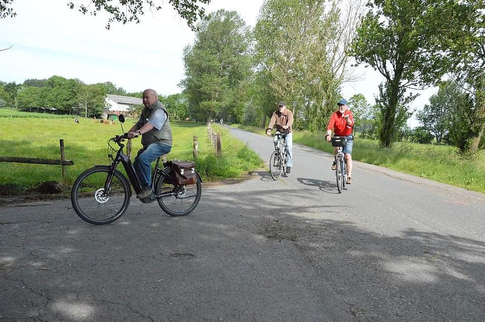 Immer auf der 43-Kilometer-Route entlang ging es für diese Radfahrer.