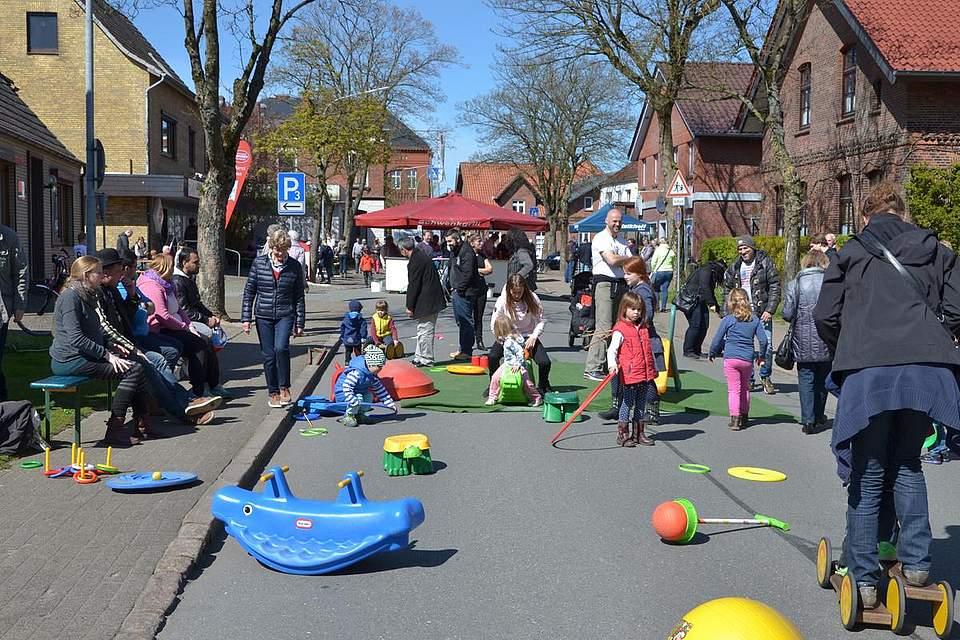 Spaß beim Grabenstraßenfest.